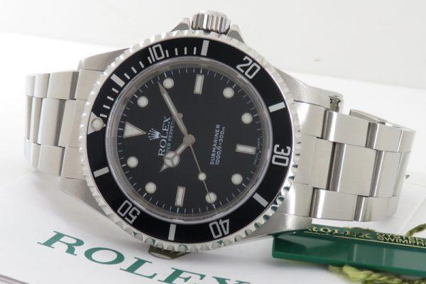 ビジネス時計としてもおすすめな人気ダイバーズモデル!